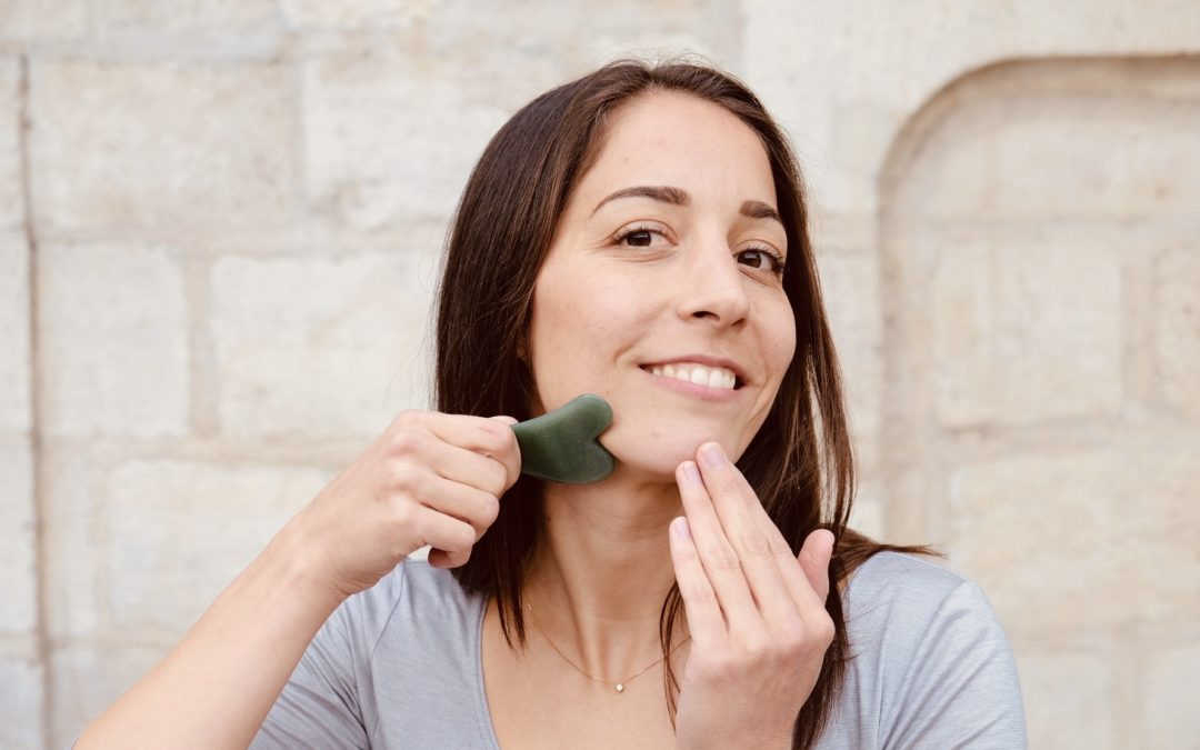 Gua Sha Face Massage – Get rid of Wrinkles and Pimples Naturally